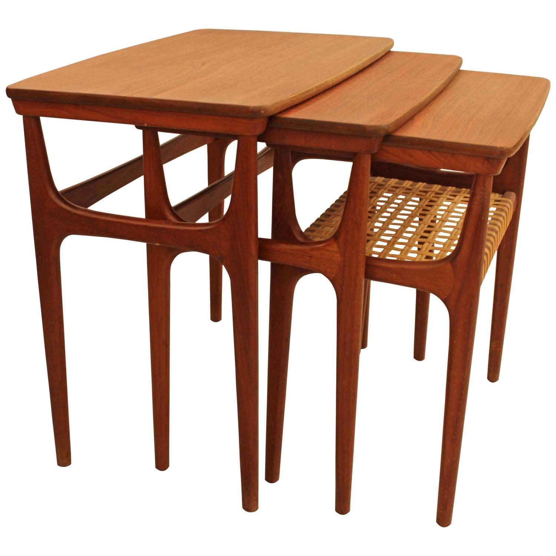 Set de 3 tables gigognes teck les illumin s design for Set de table en osier