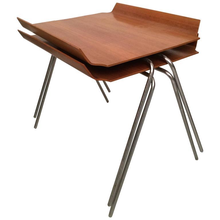Hans Bellmann Paire de table modèle 701