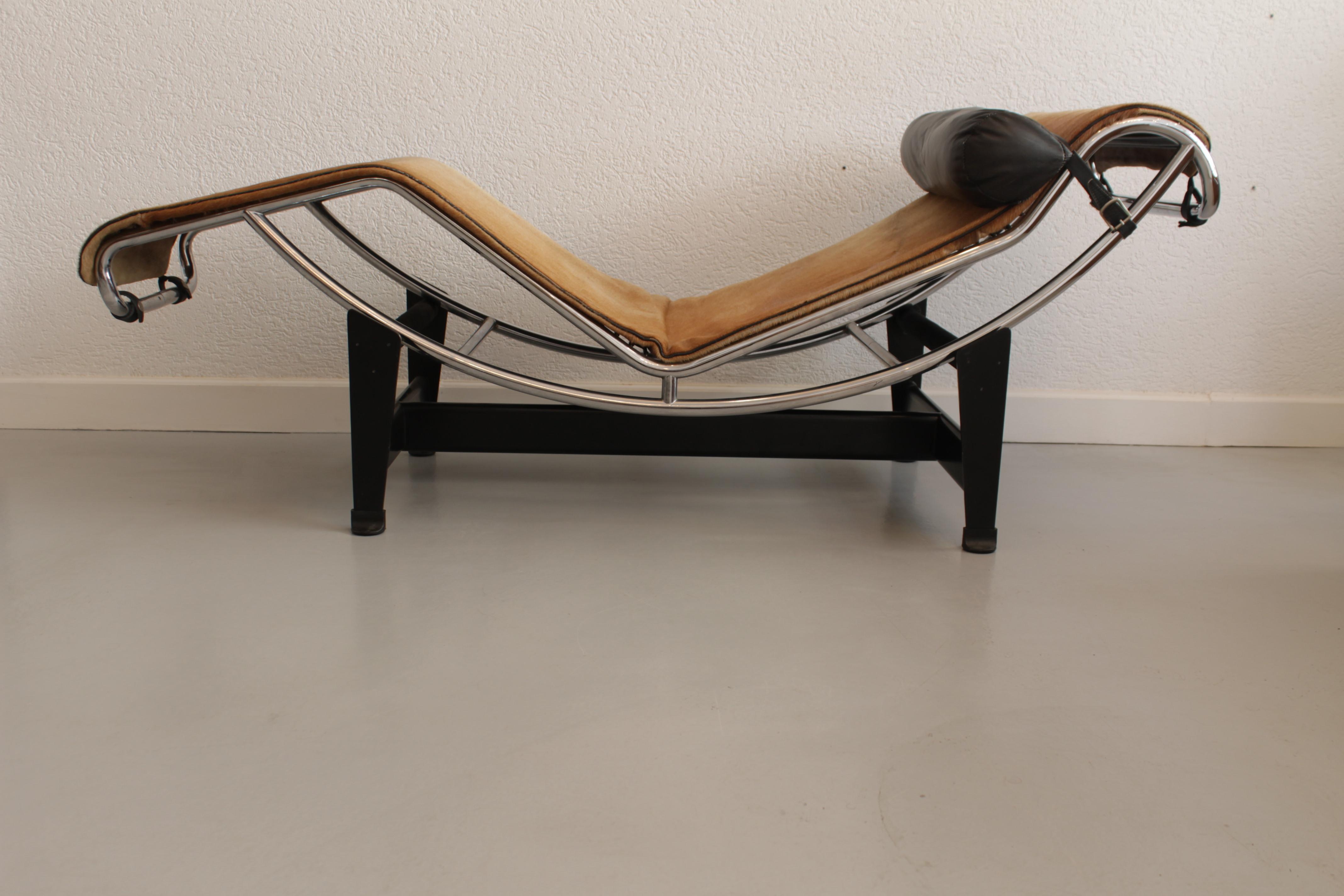 """LeCorbusier """"LC4"""" chaise longue"""