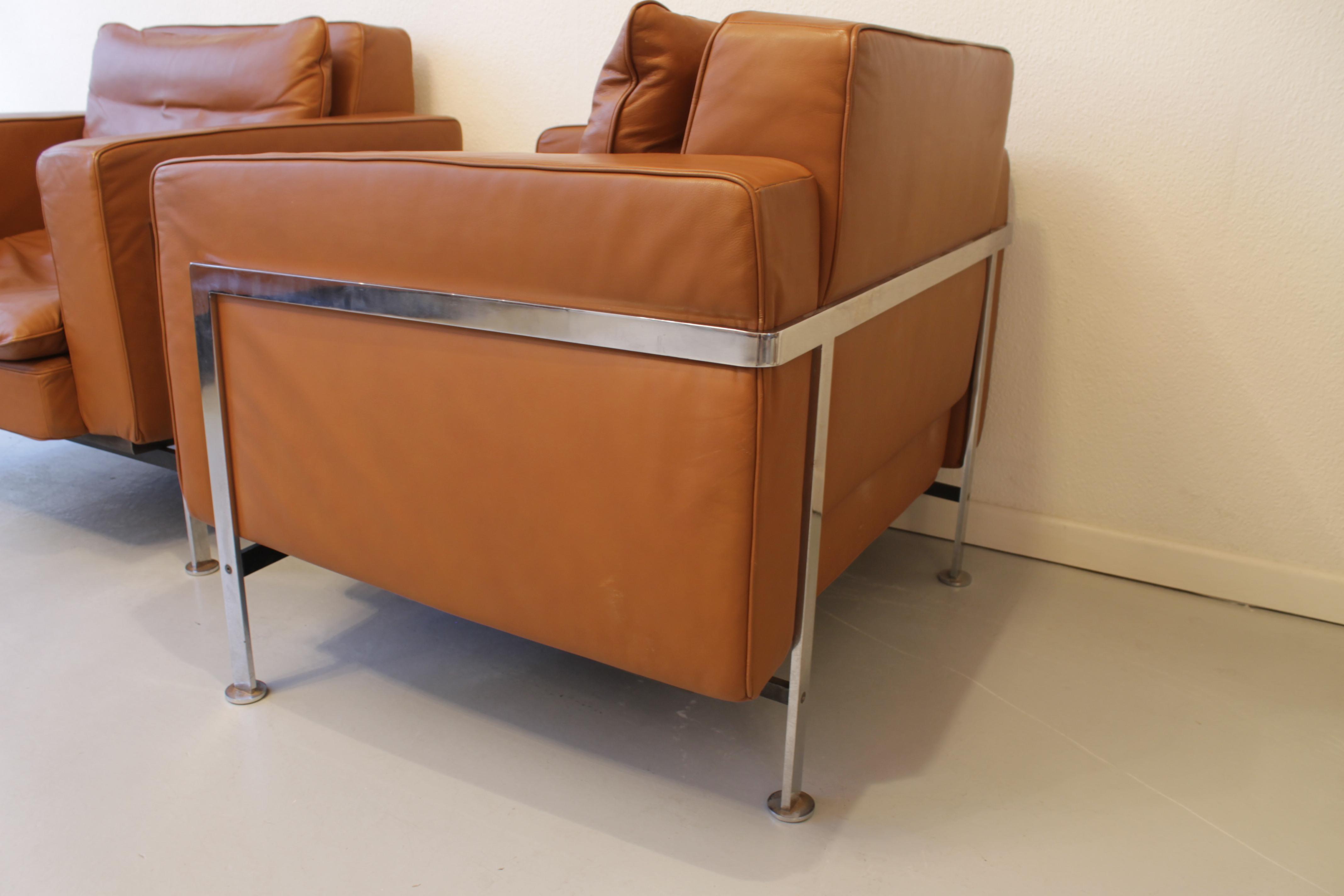 Robert Haussmann paire de fauteuil