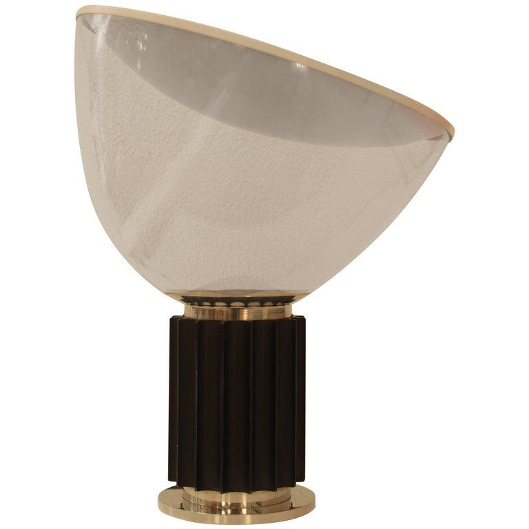 "Lampe de Table ""Taccia"" Flos"