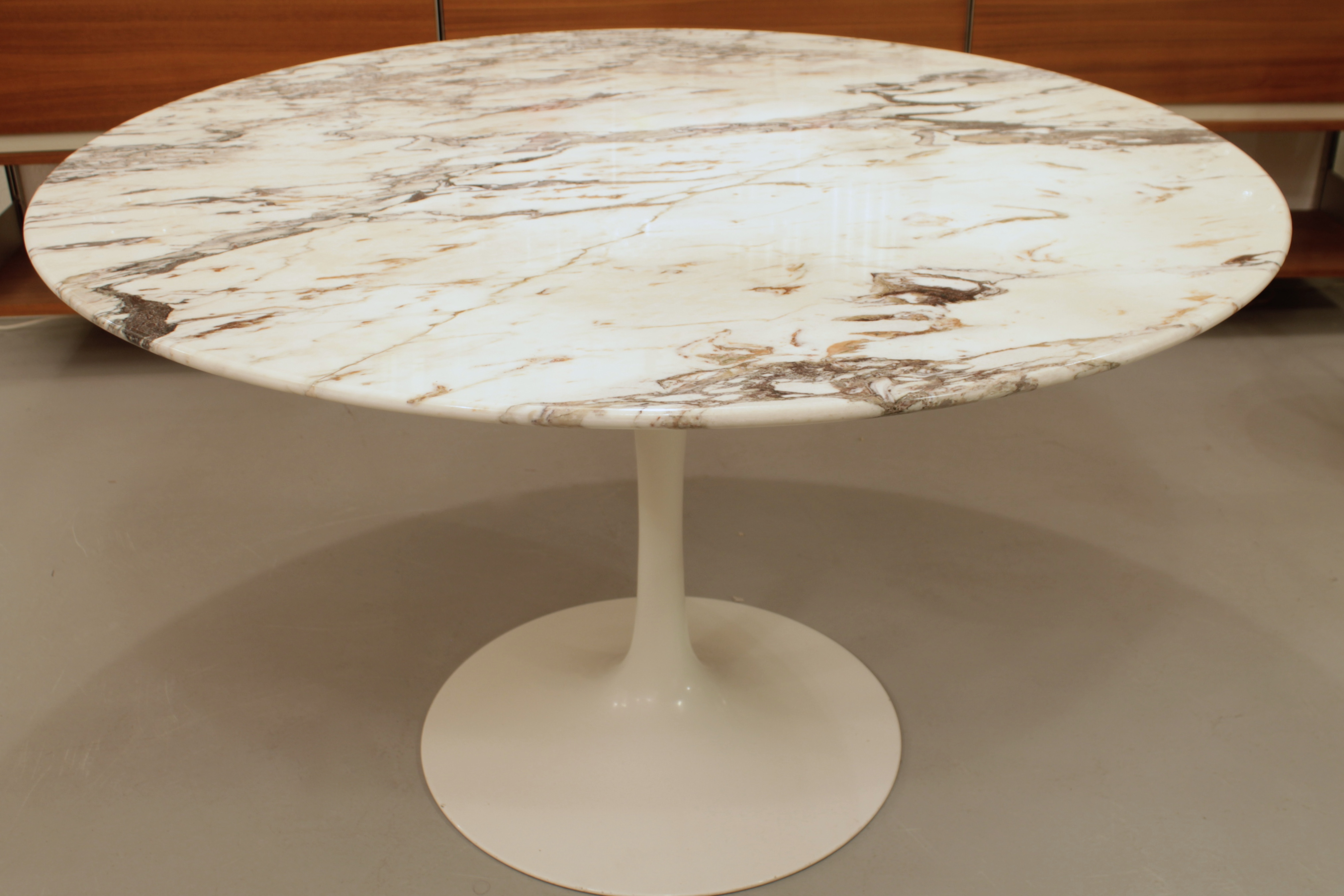 Eero Saarinen Table Marbre Knoll