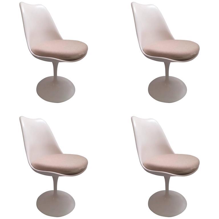 Eero Saarinen 4 chaises Tulipes Knoll