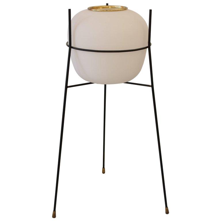 stilnovo lampadaire les illumin s design. Black Bedroom Furniture Sets. Home Design Ideas