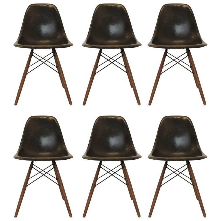 Eames série de 6 chaises noires